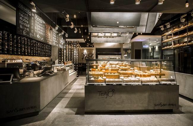 欧洲工业风格咖啡厅设计       80㎡